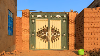 3. Verziertes Eingangstor, Karima, Sudan