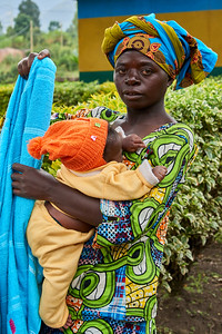 Woman and Baby at the Rwanda-Uganda Border