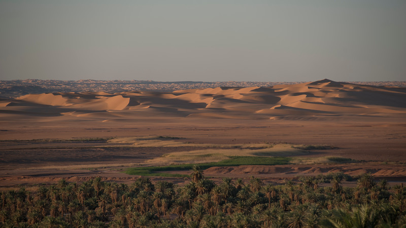 View from Timimoun.  The oasis sits below the town, with the desert to the west stretching all the way to the Atlantic.