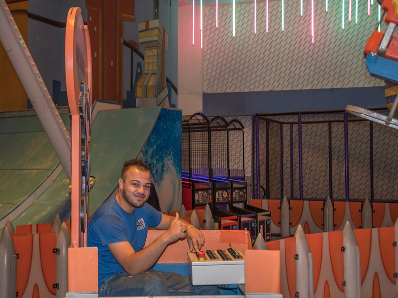 Ride operator, Park Mall, Setif