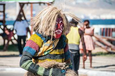 Local wearing face mask in Lobito, Angola