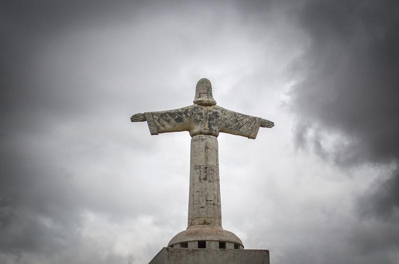 Cristo Rei statue and the clouds