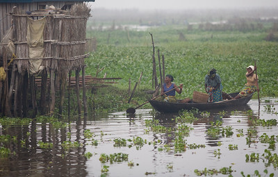 The fishing town of Ganvie built completely on stilts and accessable only by water.27,000 villagers live here in bamboo huts on Lake Nokoue near Cotonou.  Benin, Ganvie, December 2006 Christopher Herwig