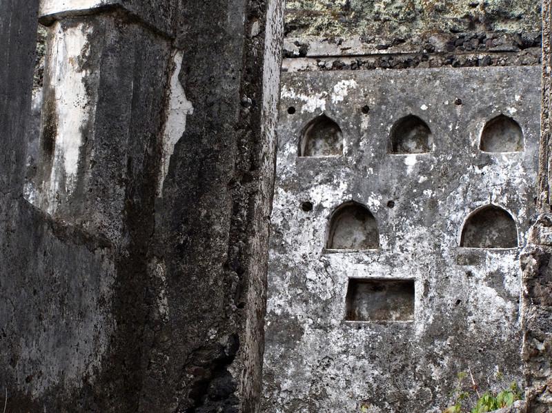 Ruined house, Iconi, Grande Comore