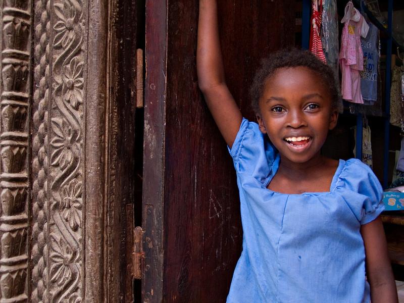 Girl, Mutsamudu, Anjouan