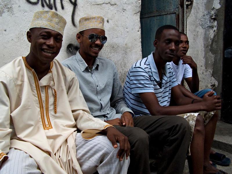 Guys, Moroni, Grande Comore