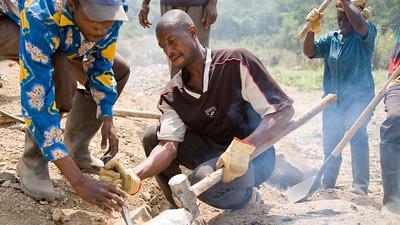 Kolubah Joygbay - 36 years -  Gravel pit on the  Voinjama - Foya road destined for the Voinjama - Zorzor road. 3 dollars a day world bank jobs -January 22, 2007 Voinjama, Lofa County,  Liberia Copyright:  Christopher Herwig