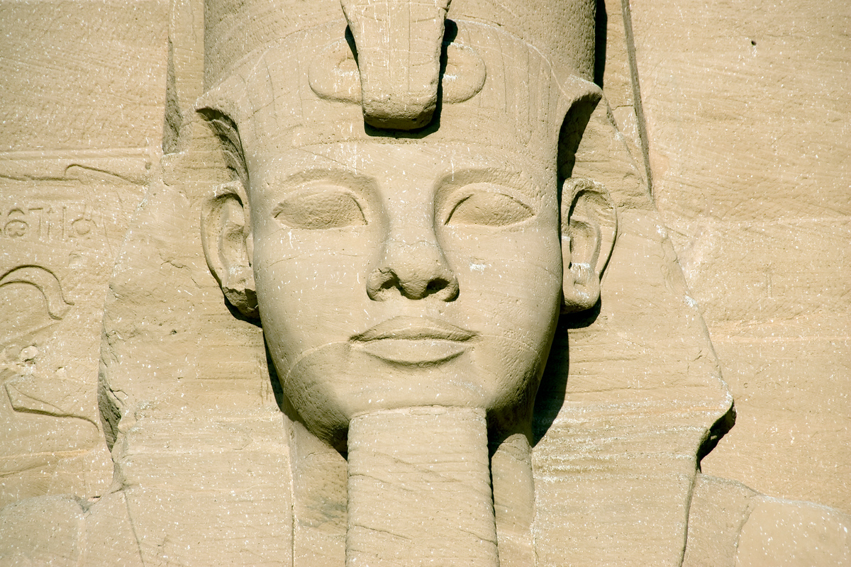Amazing photo of a statue head on Abu Simbel temple