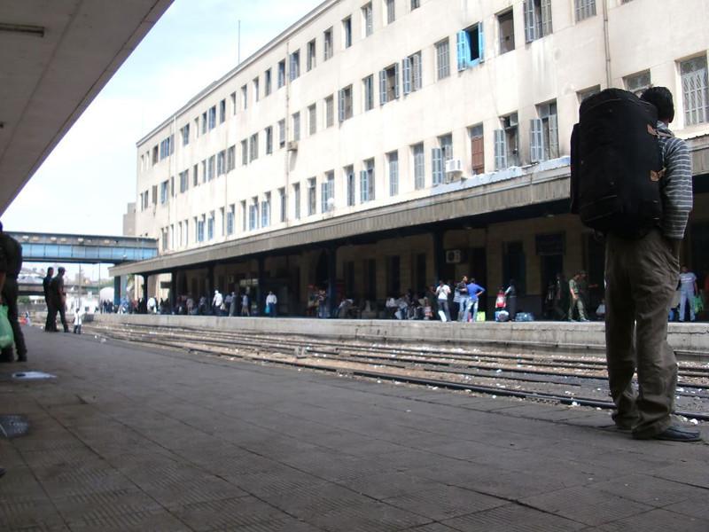 cairo train station