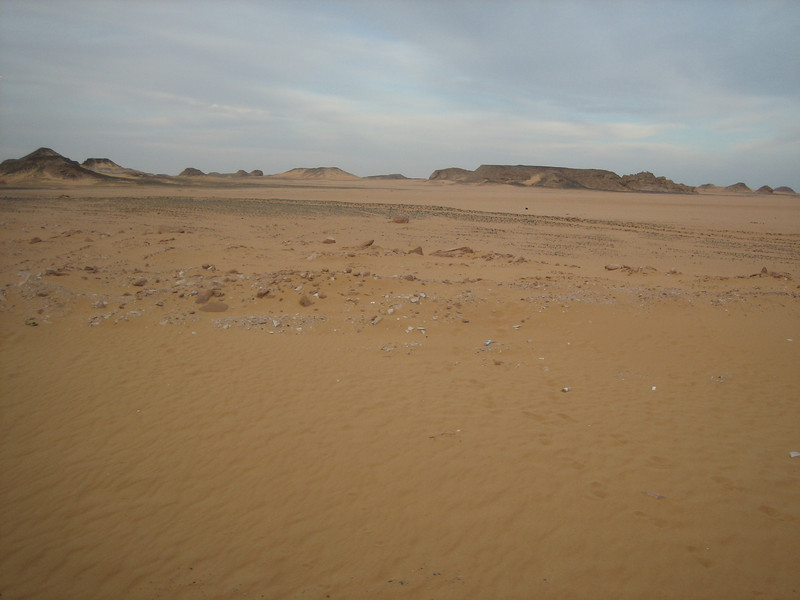 desert near Carol, guard and Joan near Abu Simbel temples