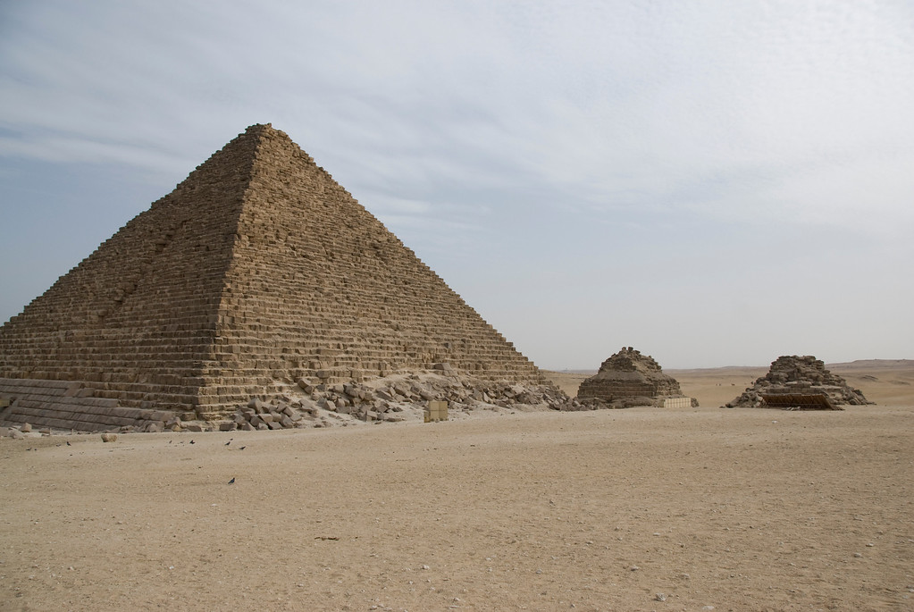 Photos of Egypt: Pyramids, Sphinxes, and more