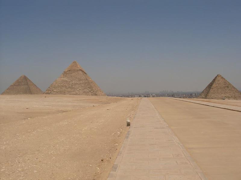 great pyramids giza egpyt