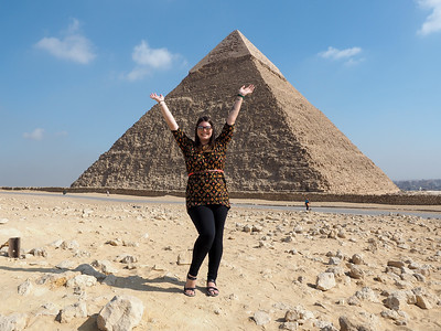 Middle Pyramid in Giza