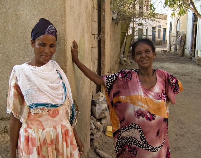 Women, Massawa