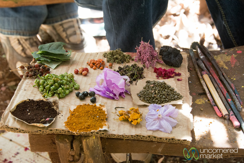 Natural Dyes for Painting - Bahir Dar, Ethiopia