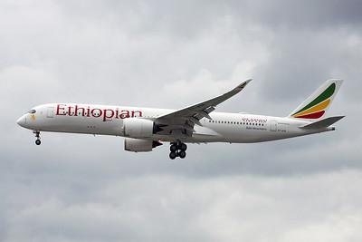 """ET-ATR Airbus A350-941 """"Ethiopian Airlines"""" c/n 043 Heathrow/EGLL/LHR 30-05-17"""