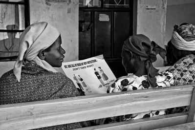 Assessing the risk. Ukwala Health Clinic, Kenya