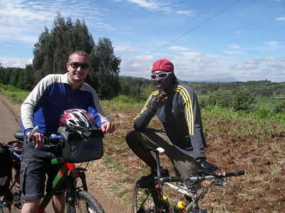 rob with david kinjah, kenya's premier mountain biker