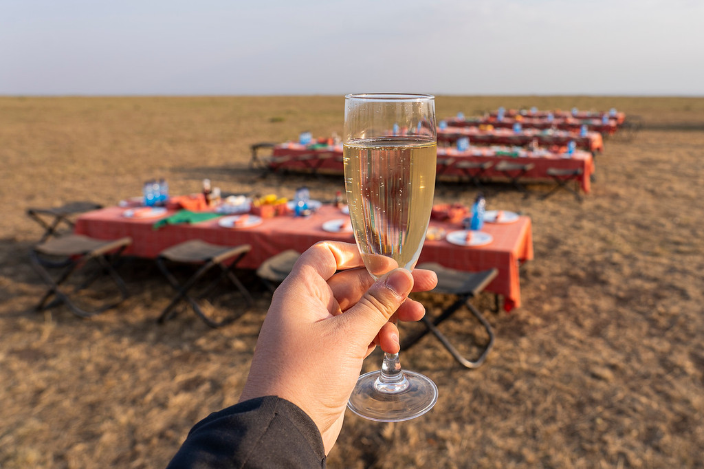 Champagne breakfast in the Maasai Mara
