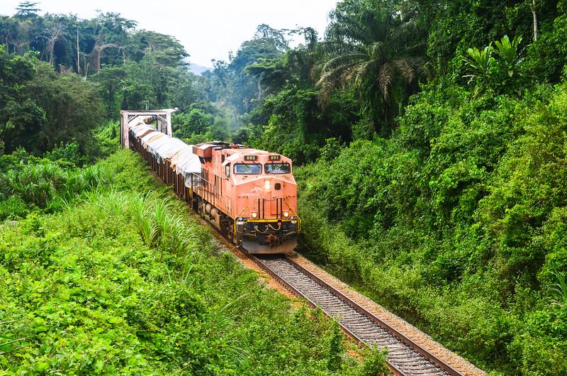 Yekepa - Buchanan railway