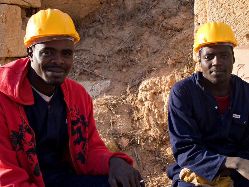 Nigerien workers, Leptis Magna