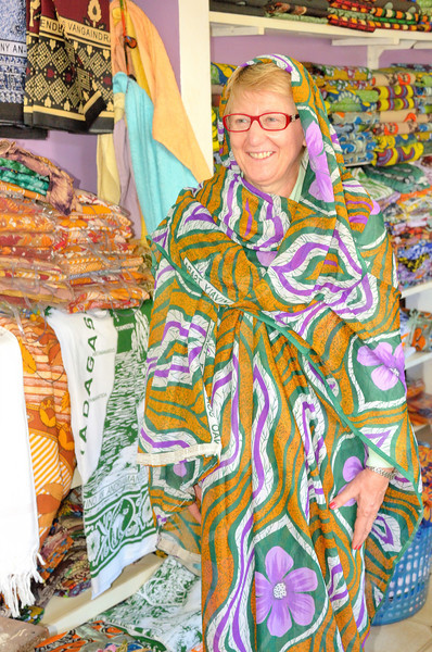 Maria Rosa tries on what the well dressed Malagasy women is wearing this season.