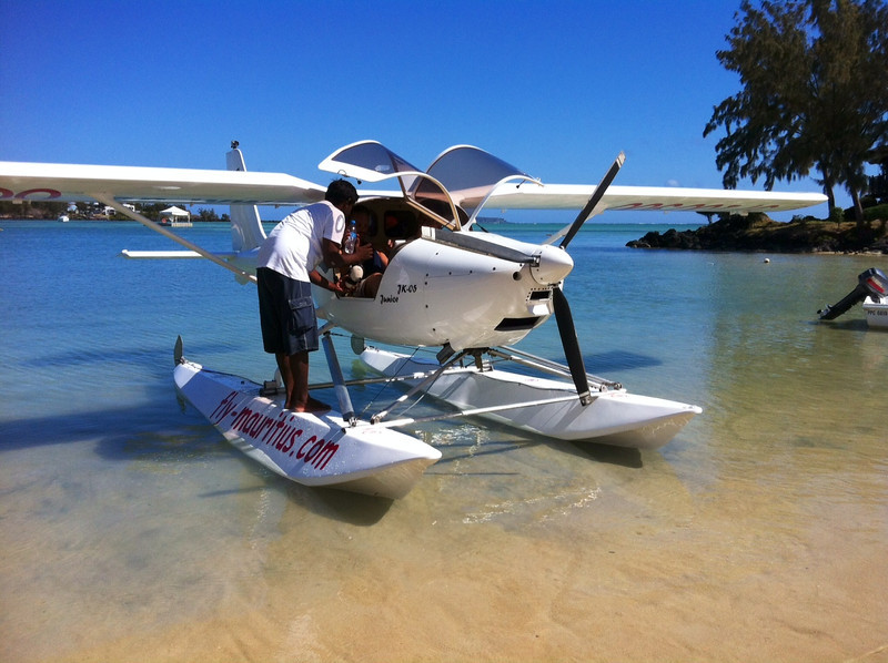 The seaplane from Luxe Grand Gaube