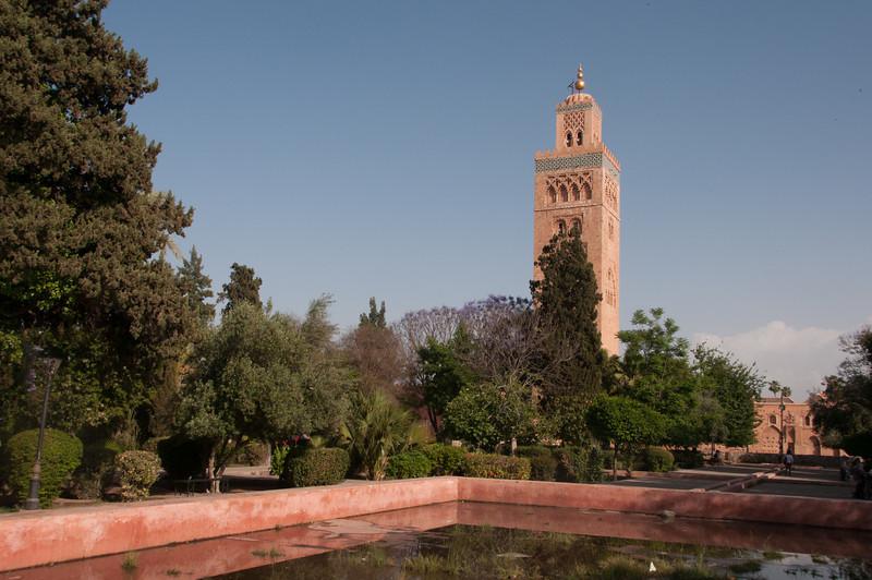 Minaret of Koutoubia Mosque & Koutoubia Gardens, Marrakech, Morocco