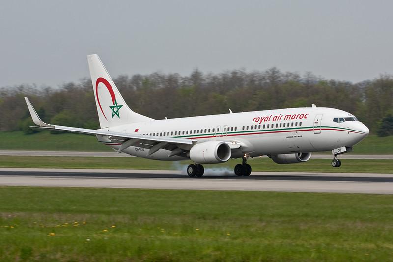 CN-ROU Boeing 737-8B6 c/n 33069 Basle-Mulhouse/LFSB/BSL 23-04-10