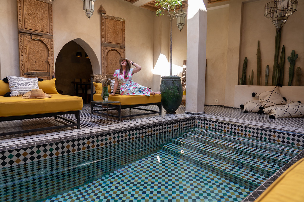 Akatuki at the pool at Riad BE The Essence