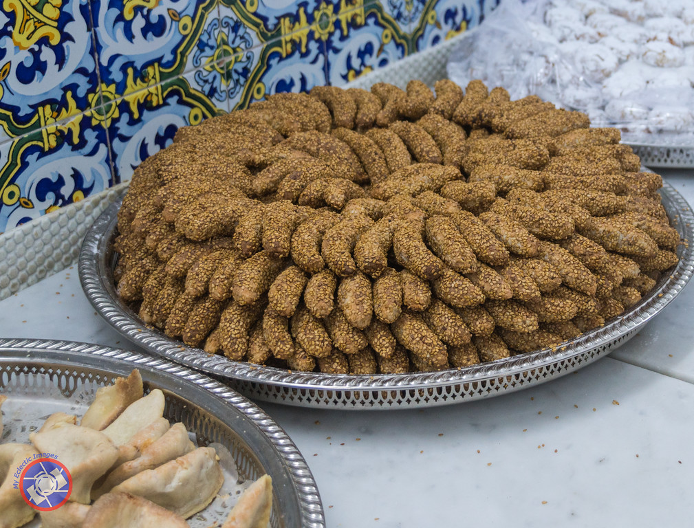 A Plateful of Almond Cookies Dredged with Sesame Seeds at Patisserie Bennis in Casablanca (©simon@myeclecticimages.com)