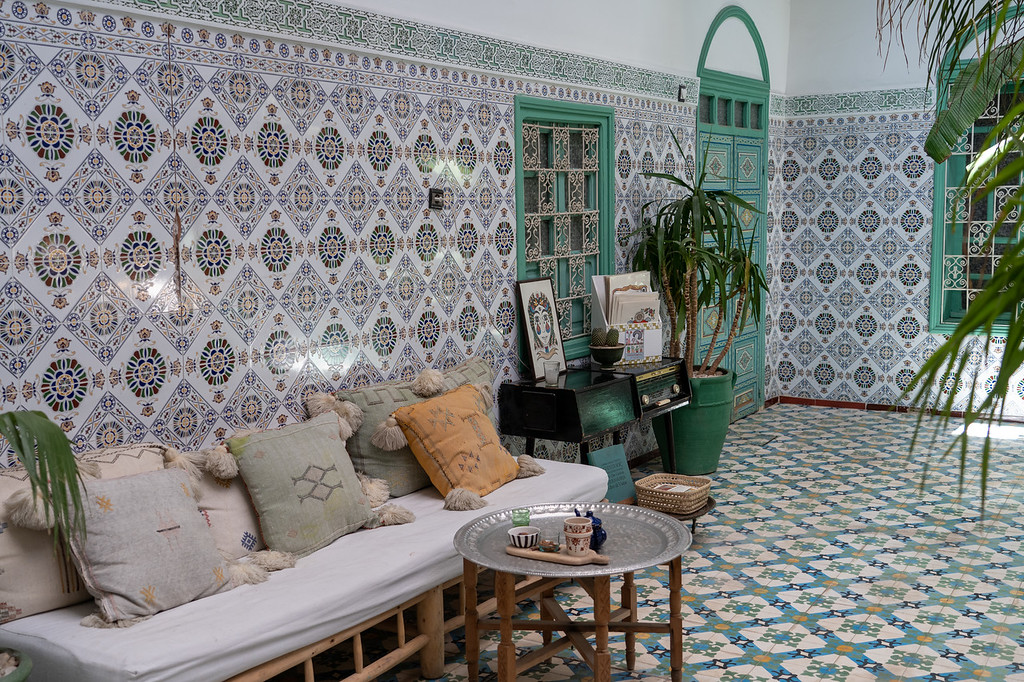 Tiled walls at Riad BE