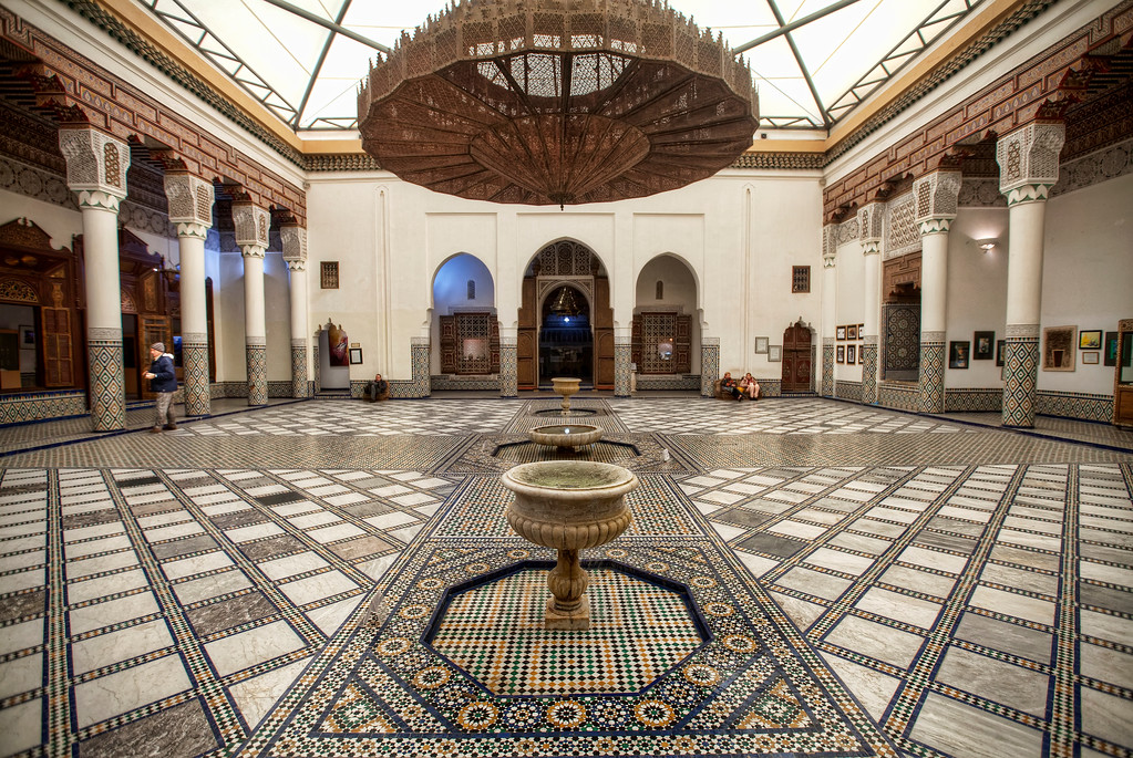 marrakech museum central hall with chandelier and fountain