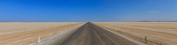 C34 highway along the Skeleton Coast