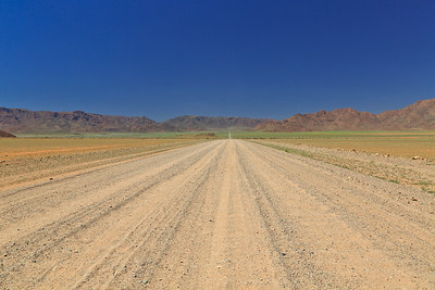 C27 highway in Namib Naukluft Park