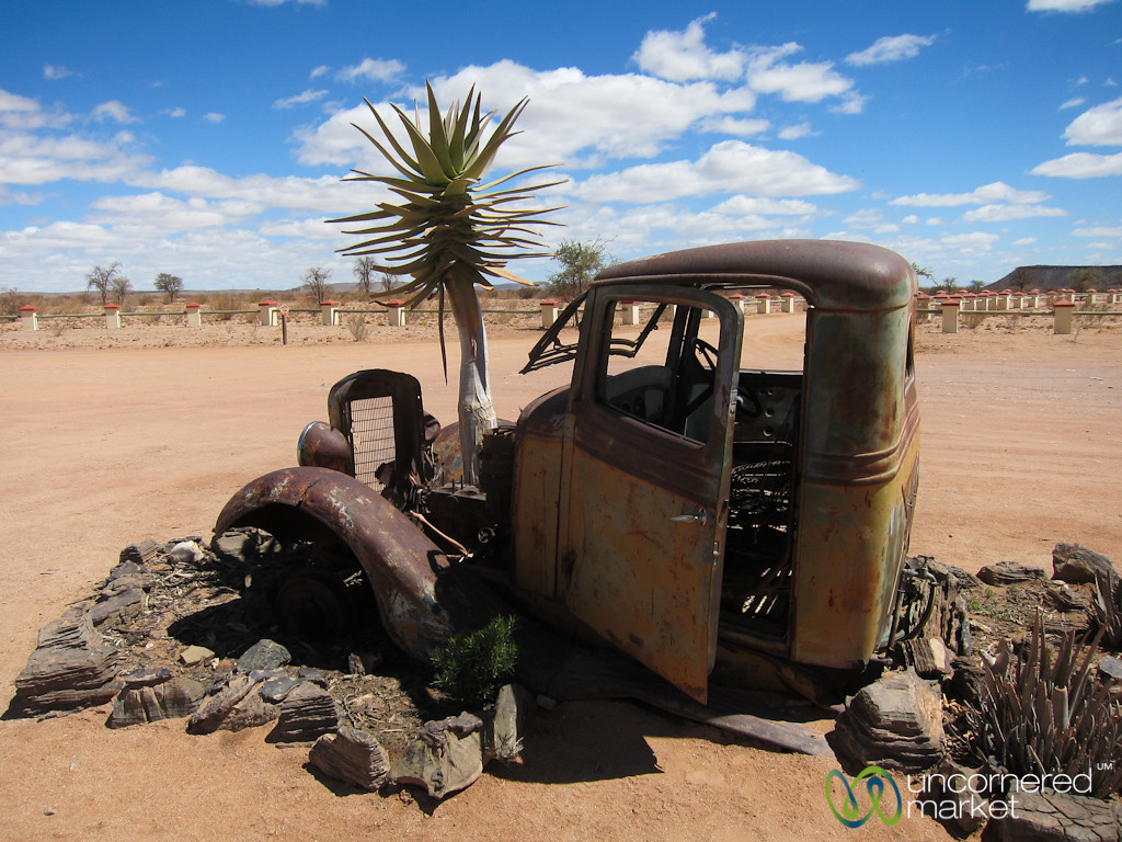 Cañon Roadhouse, Old Truck - Namibia