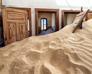 Rooms just filled with sand