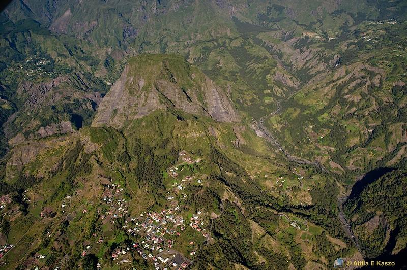 Aerial - Cirque Mafate, Coulden / Village