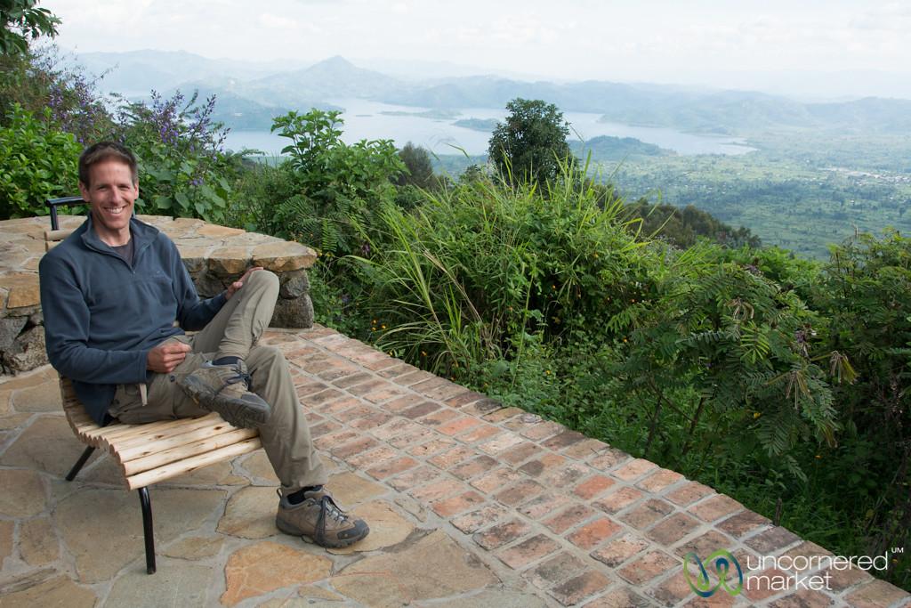 Dan Relaxing Overlooking Twin Lakes - Musanze, Rwanda
