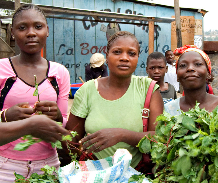 Women, Damar market, Matadi, DRC (Congo-Kinshasa)