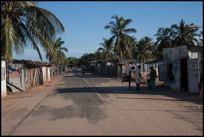 Main road in Elinkine