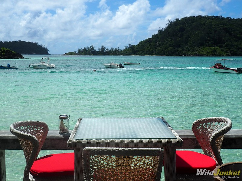 where to eat in seychelles - restaurant del place