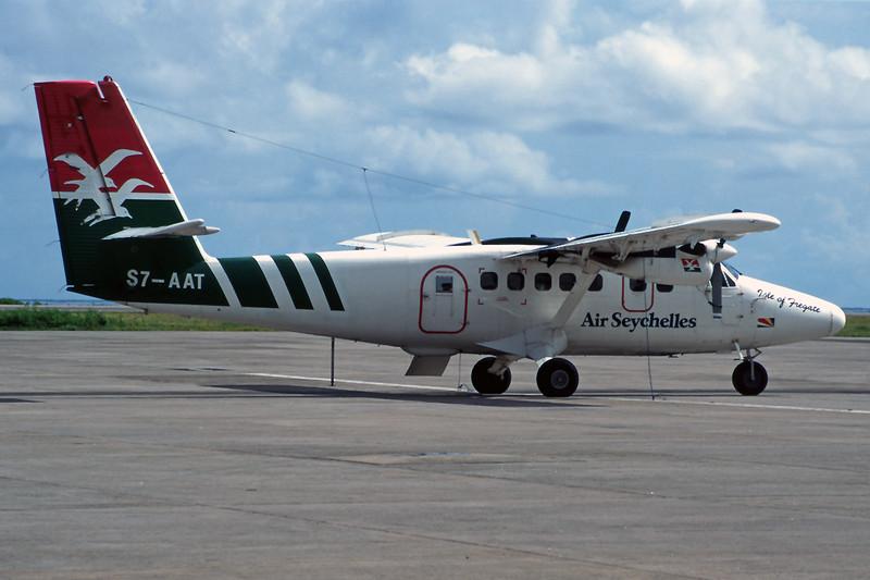 "S7-AAT de Havilland Canada DHC-6-300 Twin Otter ""Air Seychelles"" c/n 721 Maha/FSIA/SEY 08-12-97 (35mm slide)"