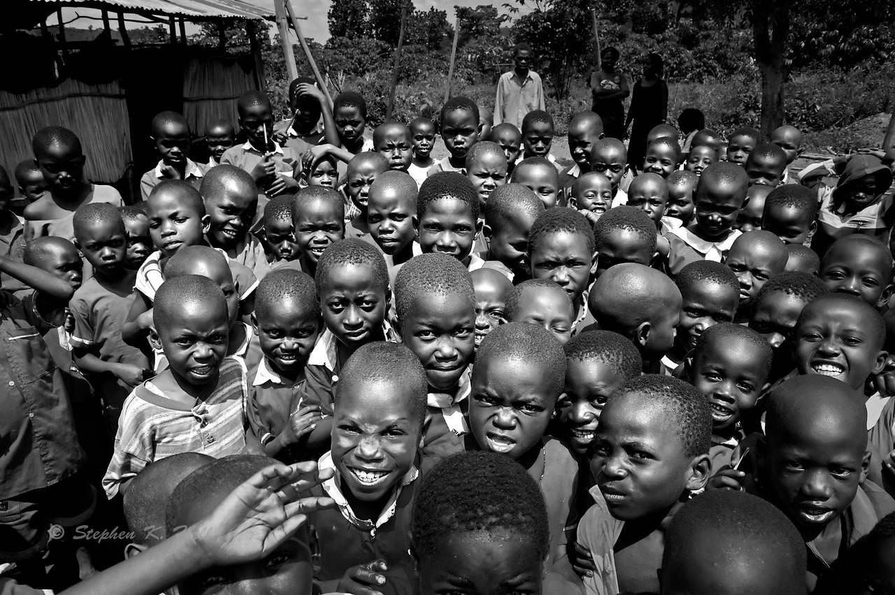 Between classes. AIDS orphans at school. Budondo, Uganda (Alternative scene-setting photo)