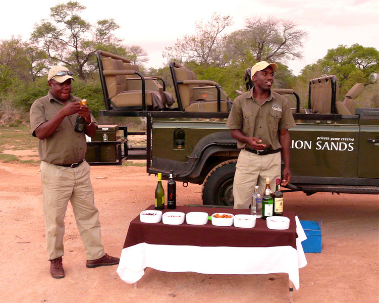 sundowners are served at Ivory Lodge