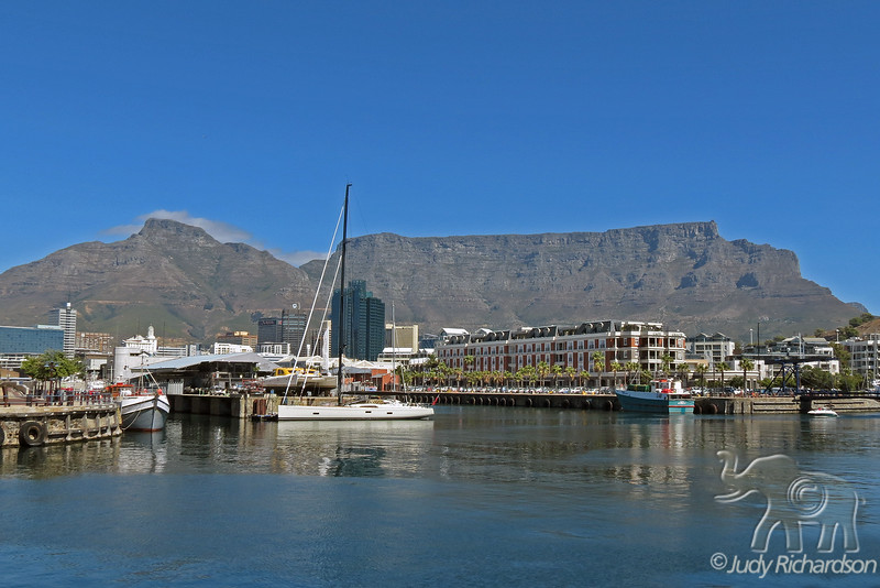 Table Mountain ~ Bright, Sunny day in Cape Town, South Africa