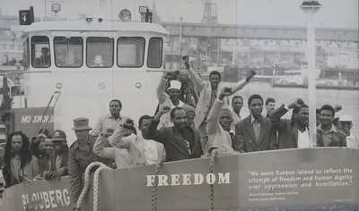 Historic photo showing day of freedom for apartheid prisoners