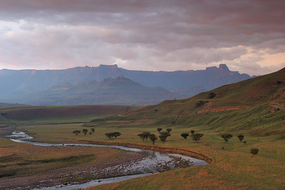Mont-aux-Sources Amphitheater (the MNountain of Springs) is the watershed for five major South African rivers, including the Tugela.