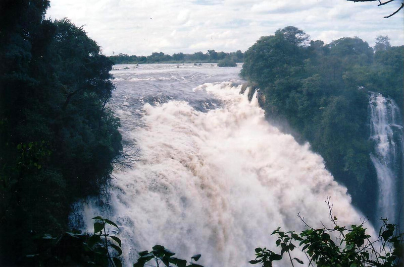 Victoria Falls during the high water season. 2002