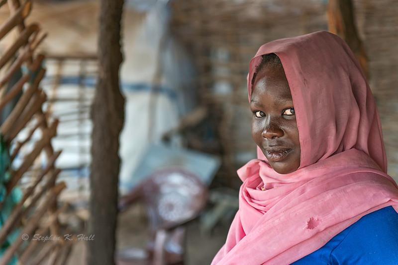Tea server. Gendrassa, Maban County, Upper Nile State, Republic of South Sudan